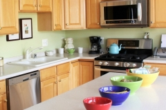 kitchen wooden accent with metalic microwave